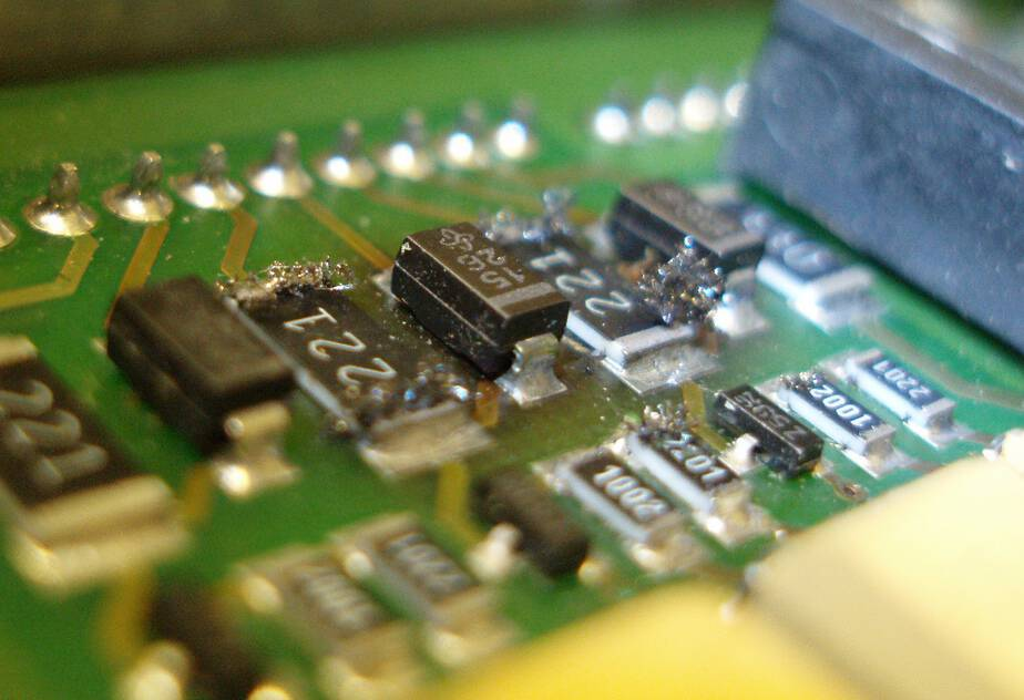 SMT or Surface Mount Technology Explained