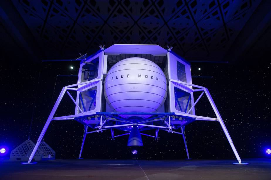 Blue Moon: Blue Origin's Newest Lander is Ready to Take us to the Moon