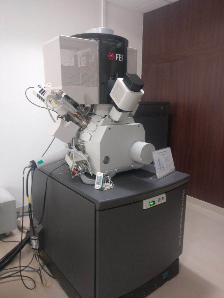 Electron microscope for cross section analysis of PCB